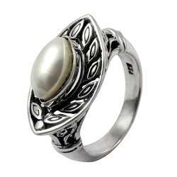 Intrigant 925 Sterling Silver Pearl Ring