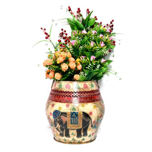 Iron Crafted Flower Planter Vase