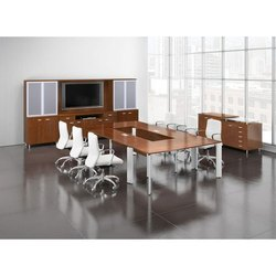 Rectangular Wooden ConferenceTable, Seating Capacity: 8 Seater
