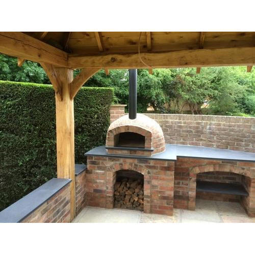 Great Outdoor Kitchen Complete With Pizza Oven: Mini Wood Fired Pizza Oven, Capacity: 0-100 Kg, Rs 60000