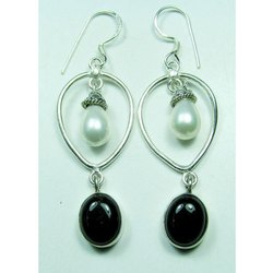 925 Sterling Silver Black Onyx with Pearl Earrings