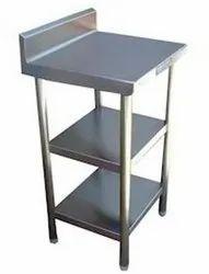 Avon Refrigeration Standard Working Stainless Steel Table, For Restaurant, Size: 24
