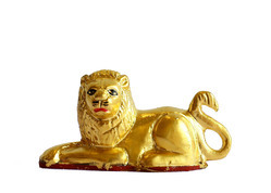 Gold Leafing Lion Statue