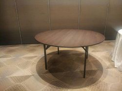 Round Folding Banquet Table