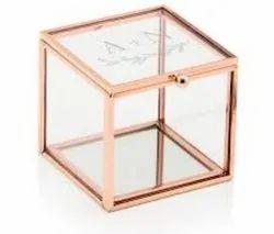 Glass Handicraft, Size/Dimension: 4*4