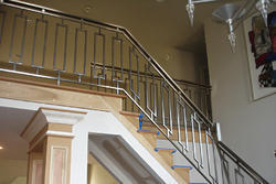 L Shape Stainless Steel Staircase Railing, Height: 3- 4 Feet