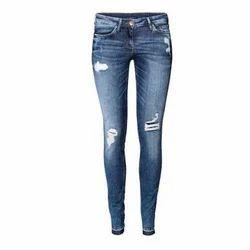 Blue Ladies Skinny Jeans, Waist Size: 32.0