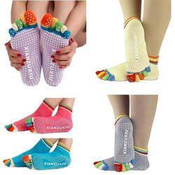 4ab3e60d003 Anti Slip Socks - Wholesaler   Wholesale Dealers in India