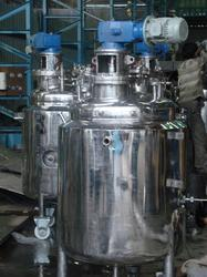 Static Mixture Tanks