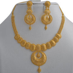 Stylish Gold Necklace Set