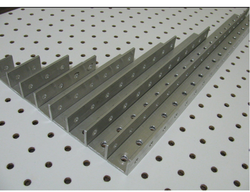 Slotted Angle Structure, For Industrial, 80mm X 40mm X 2.5mm