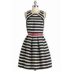 Casual Wear Sleeveless Ladies Fashionable One Piece Dress
