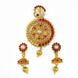 Gemstone Jewellery Set Designer Pendant And Earring Set