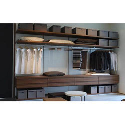 Isi 5 Meter And Above Showroom Wardrobe