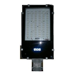 90 Watt Solar LED Street Light