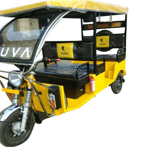 Yuva Battery Operated Passenger E Rickshaw