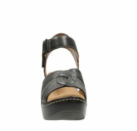 9db6c359586 Clarks Women Delana Varro Black Leather Sandal