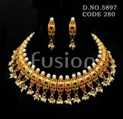 South Indian Wedding Pearl Necklace Set
