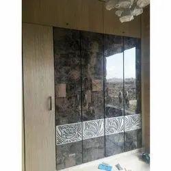 Wooden Modern Laminate Wardrobe