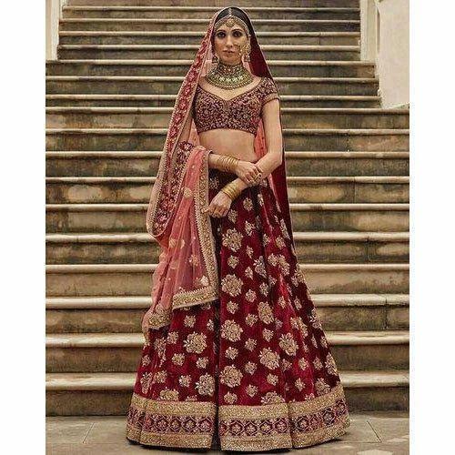 0d829a8b61 Maroon Velvet Designer Semi-Stitched Bridal Lehenga, Packaging: Plastic Bag