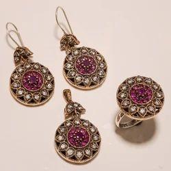 Turkish Elegant Ring Pendant Set