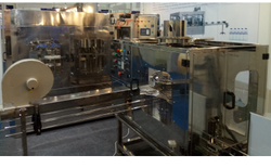 2400 BPH PET Bottle Filling Machine