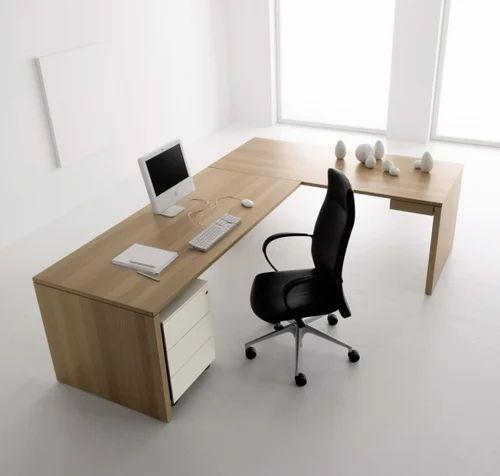 ZETA Wooden Director Office Table, Warranty: 1 Year, Size: 5*2.5, Rs 18000  /piece | ID: 16409959462