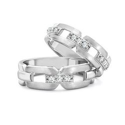 Couple Diamond Band