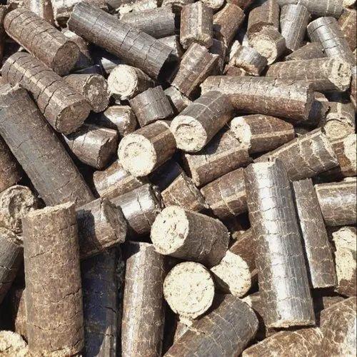 Biomass Briquettes at Rs 4400/metric ton | Jetpur| ID: 19623884330