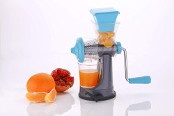 Mini Handy Fruit Juicer Making Machine