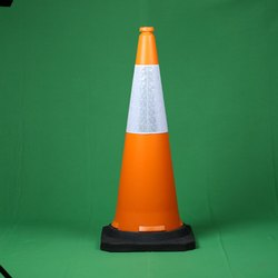 RB1000 Traffic Cone
