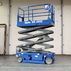 Battery Scissor Lift Service for Industrial