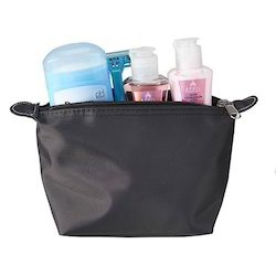 Promotional Cosmetic Bags, Size: 15 Cm W X 20 Cm H X 10 Cm G