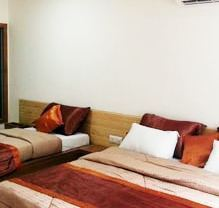 Single Bed President Tial Suite Room Rental Services