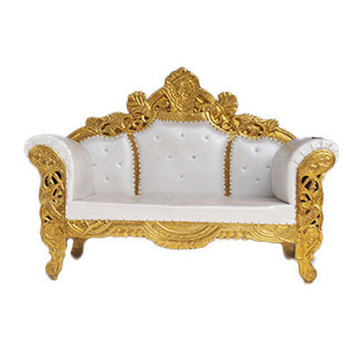 Wedding Loveseat: White And Golden Wedding Couch, Rs 12000 /piece, Kumar's