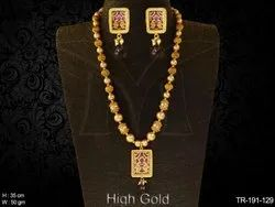 Textured Design Thewa Necklace
