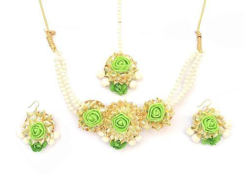Green Flower Gota Patti Jewelry Necklace With Maang Tika Earring