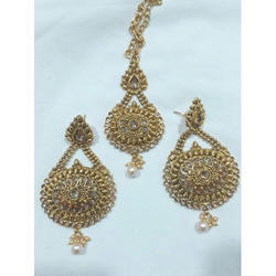 Earring Maang Tikka Set