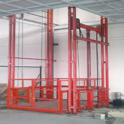 Hydraulic Freight Lift