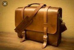 Leather Massanger bag