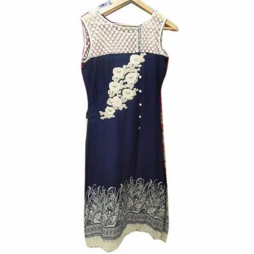 Round Neck Casual Wear Rayon Embroidery Kurti