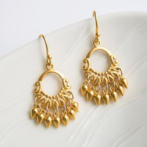 Women Earrings Women Silver Earrings Wholesale Trader from Lucknow