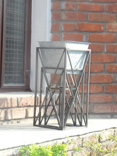 Galvanized Planter With Stand Messing International Exporter In