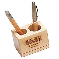 1065 Desktop Wooden Pen Stand