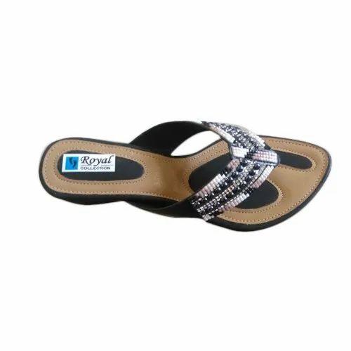 f45beea7d3f6 Chitra Casual Wear Ladies Simple Sandal