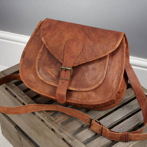 Orignal Leather Girls And Women Sling Bag at Rs 450  piece ... fe403219b9
