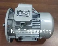 1.25-2 hp Induction Motor, Voltage: 220 Volts, 2800 Rpm. 1440 Rpm