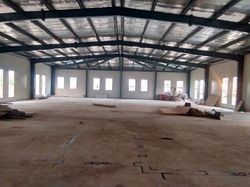 pre enginering steel building