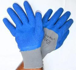 Grey Nylon Shell With Blue Crinkle Latex Three Fourth Coated Gloves