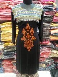 Me Fashion Rayon Front Embroidered kurta